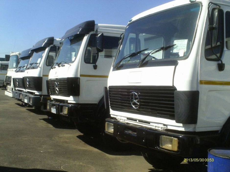 Hire Truck and Bakkia for home & office shifting at low rate
