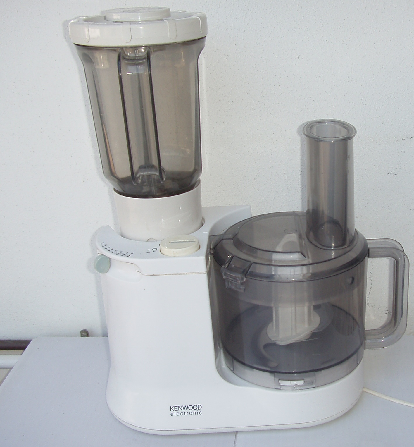 Kenwood Electronic Food Processor / Liquidizer - with accessories - in excellent working order