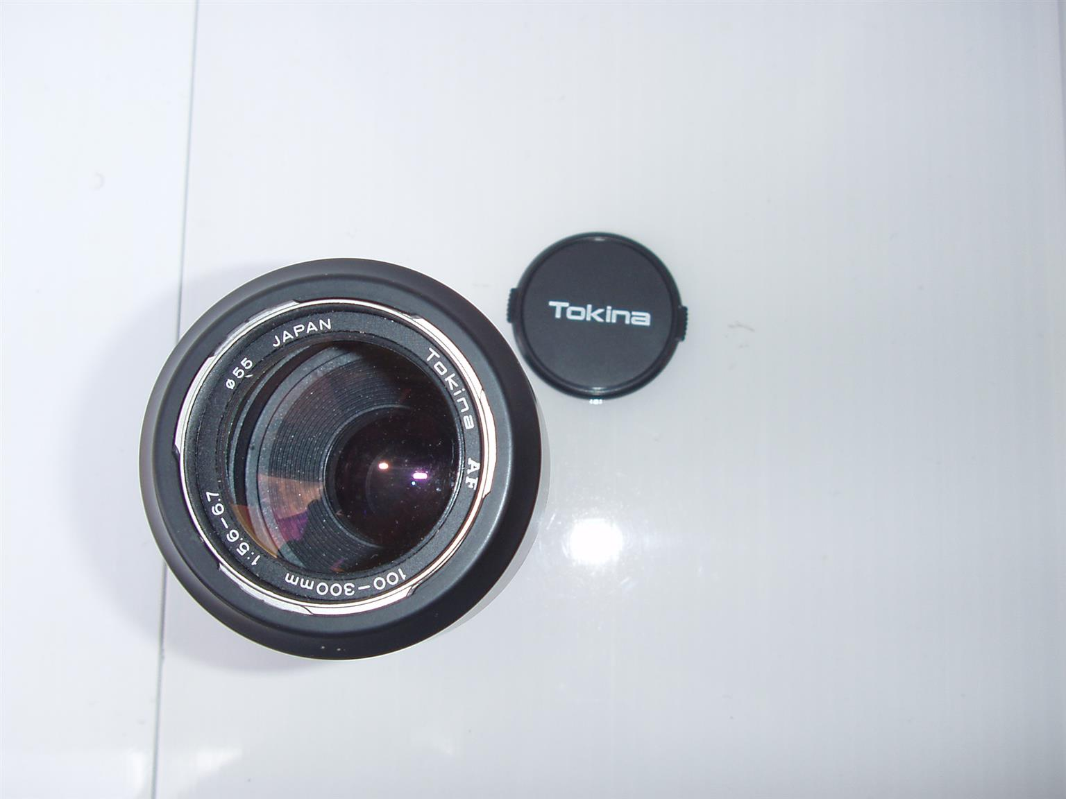 Tokina AF 100-300mm 1:5.6 - 6.7 Lens - in excellent condition