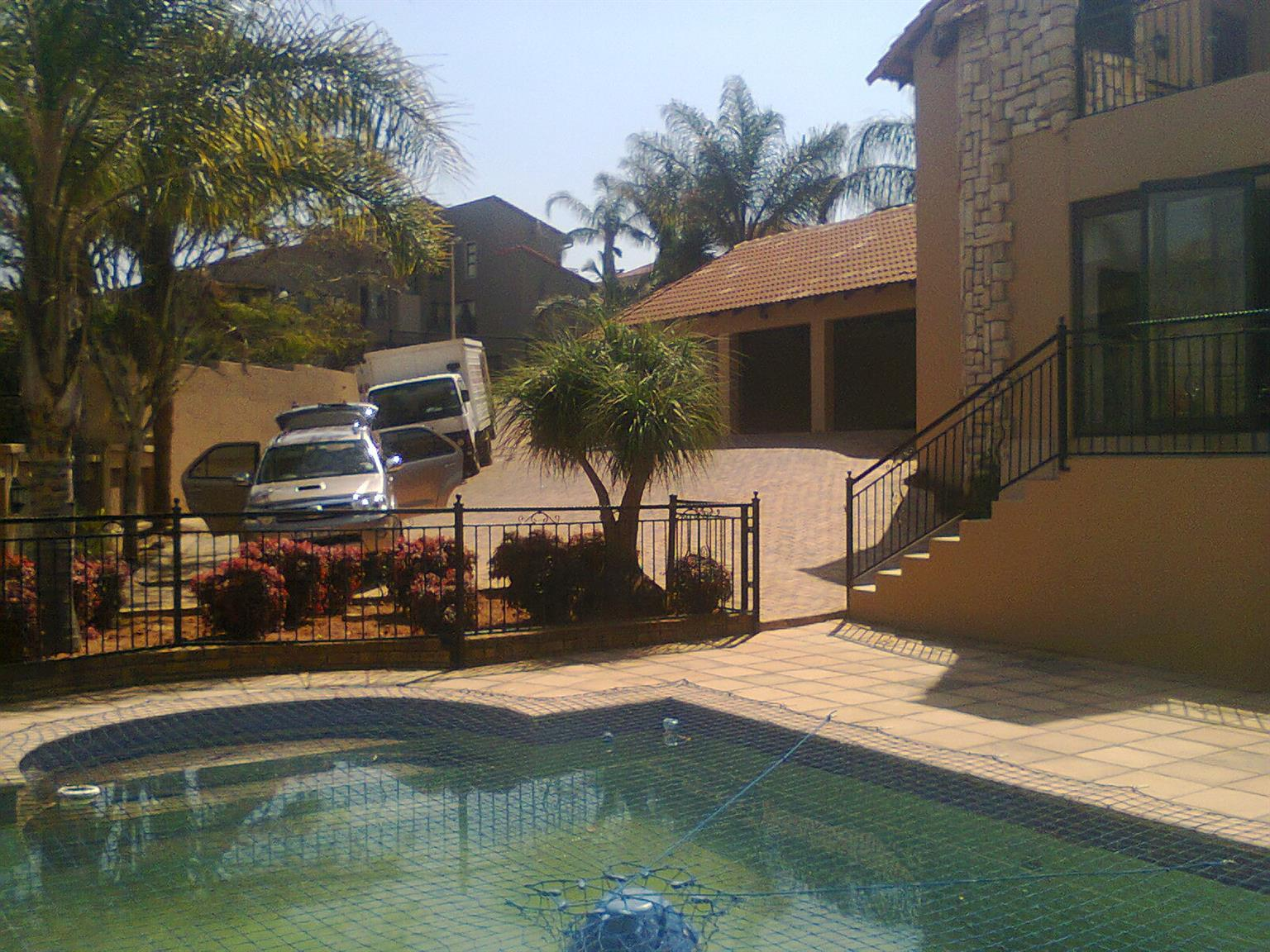 Furniture Removal Long And Short Distance +27782252795  Katlehong Lanseria Lenasia Meadowlands