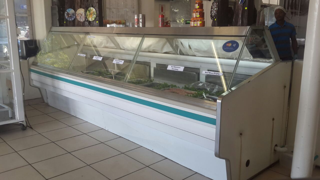 Curved Glass Meat Display Fridge