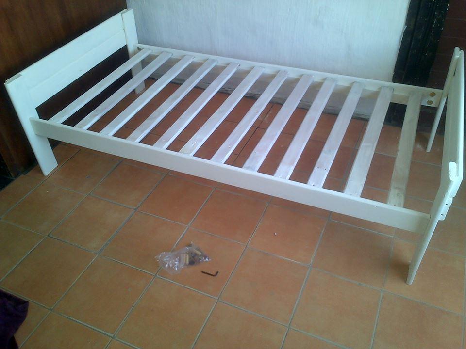 White pine single beds