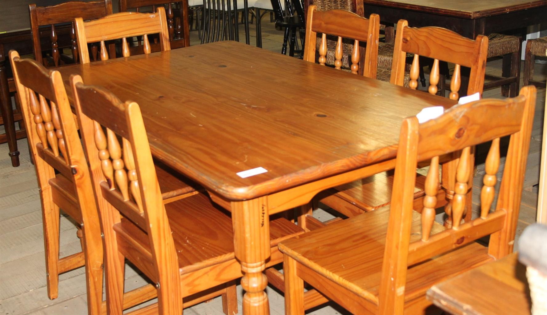 Dining Room Set S028576a Rosettenvillepawnshop