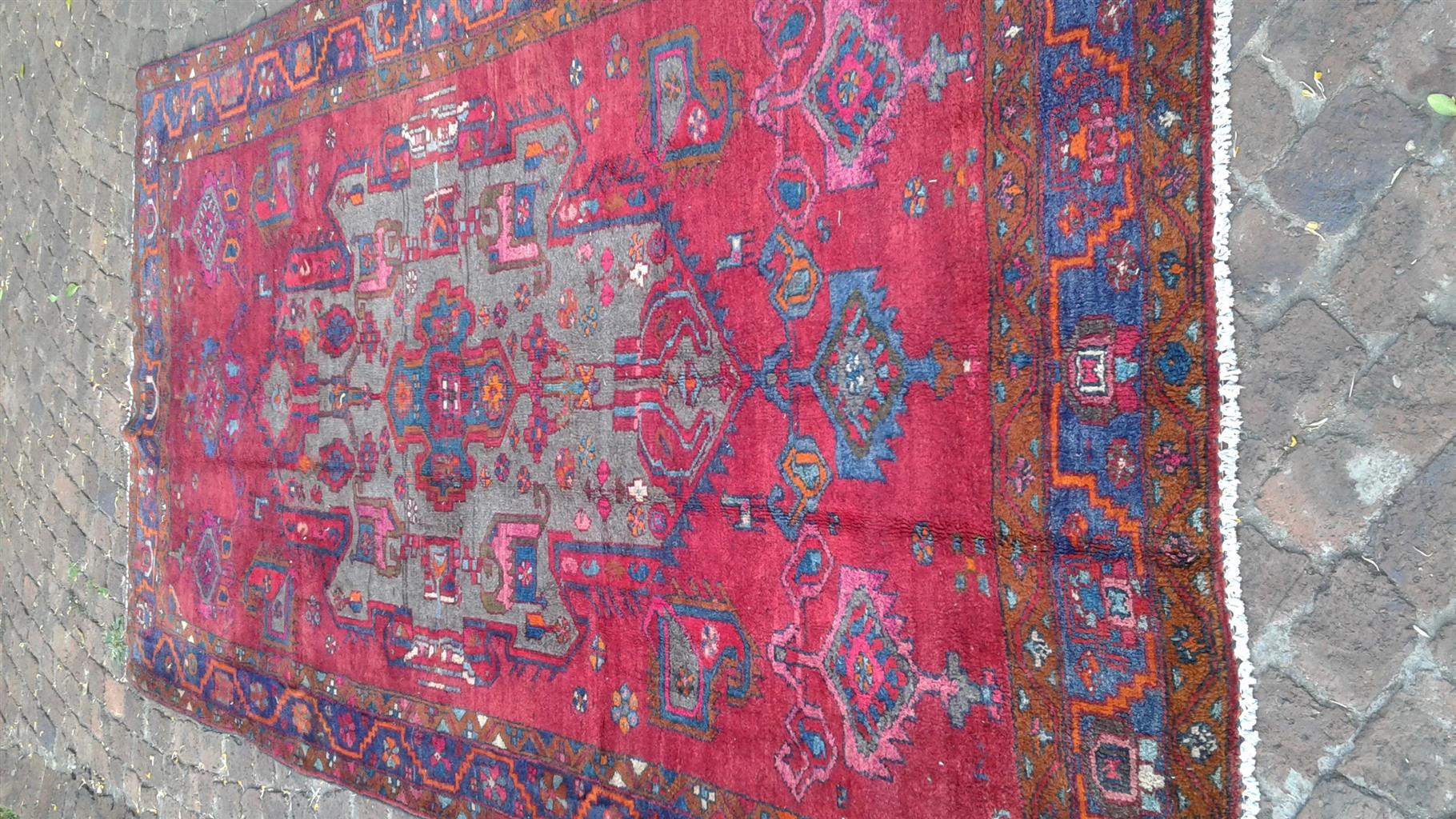 Hamedan Persian carpet