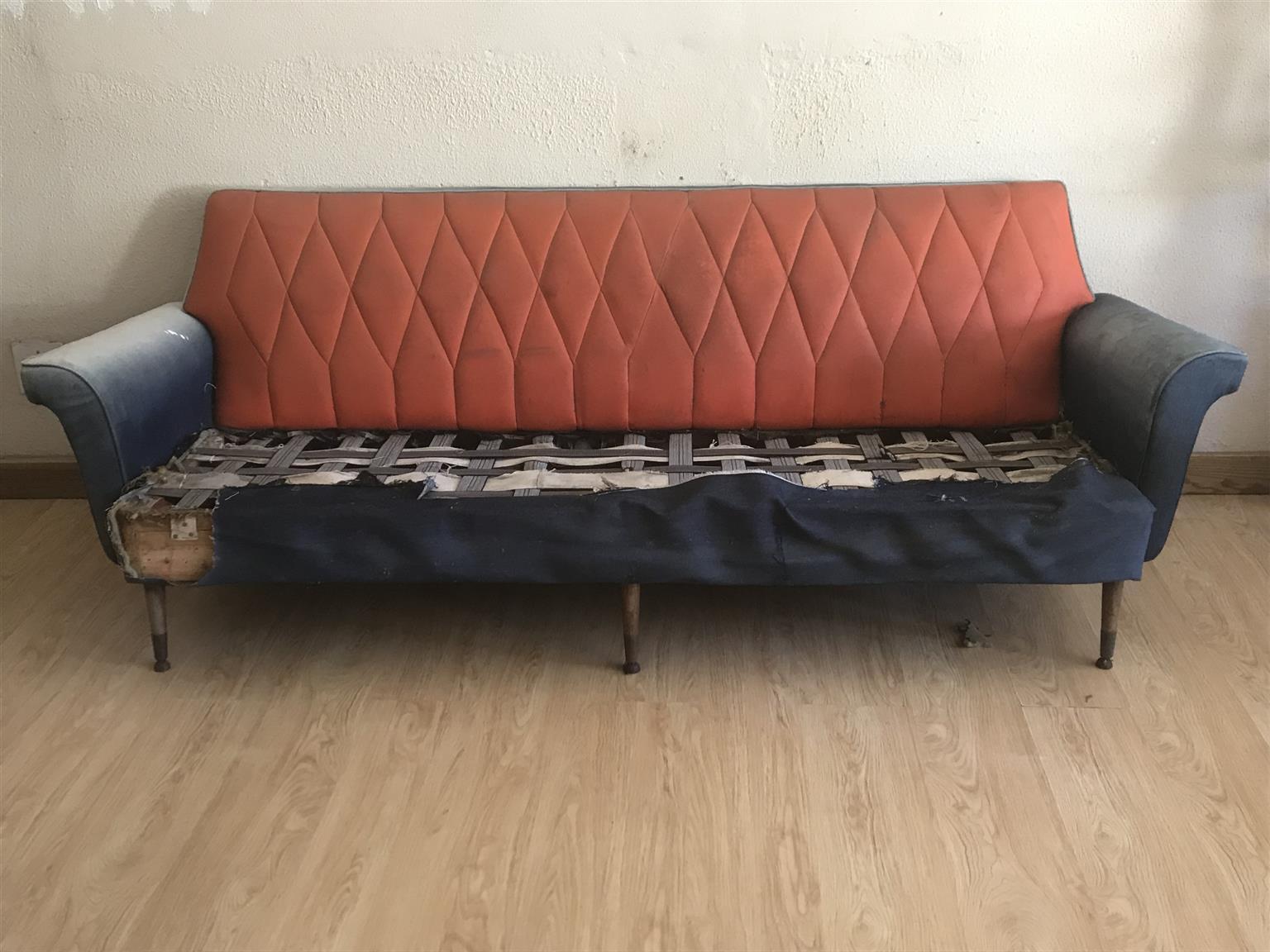 Retro lounge suite for sale