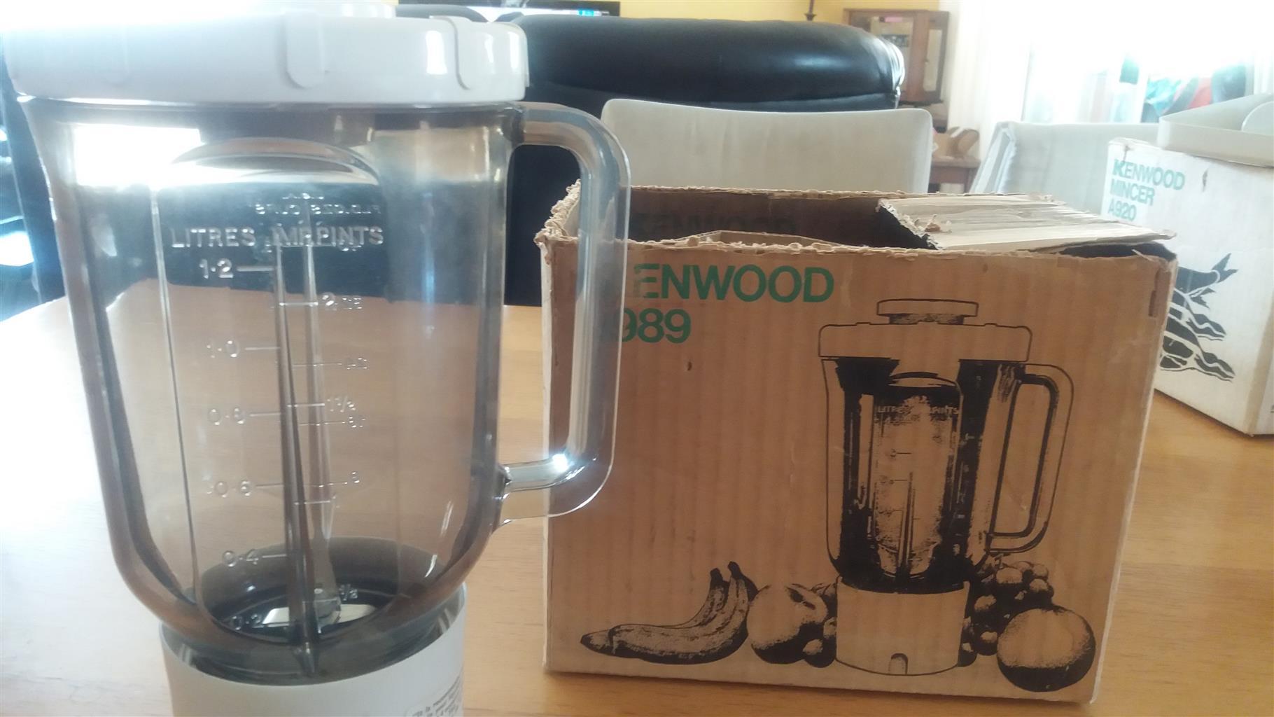 Kenwood liquidizer for Chef mixer