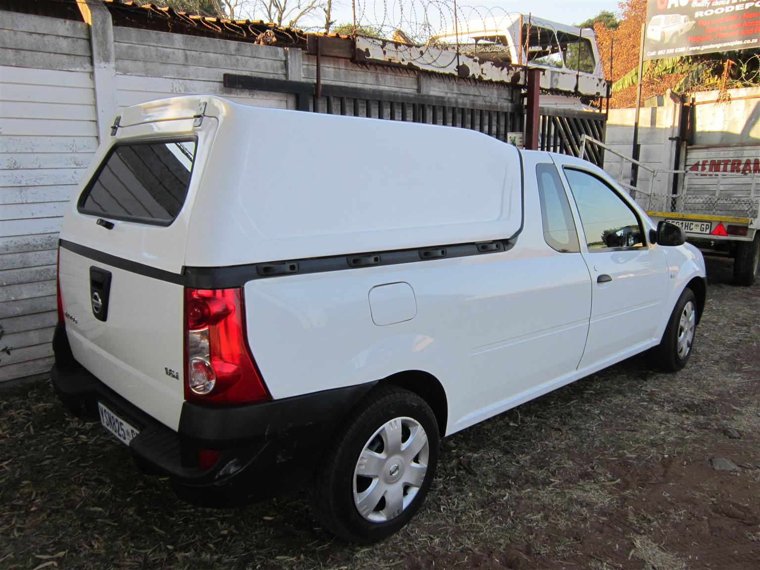 BRAND NEW GC NISSAN NP200 BLINDSIDE CANOPY WITH REAR WINDOW CANOPY FOR SALE!!!!!!!!