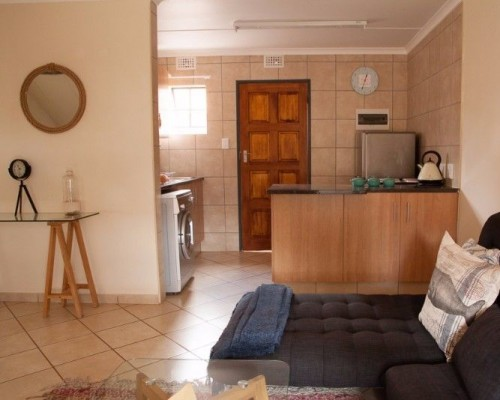 Accommodation available to rent in PTA Sunnyside & Arcadia as from 1 May 2018