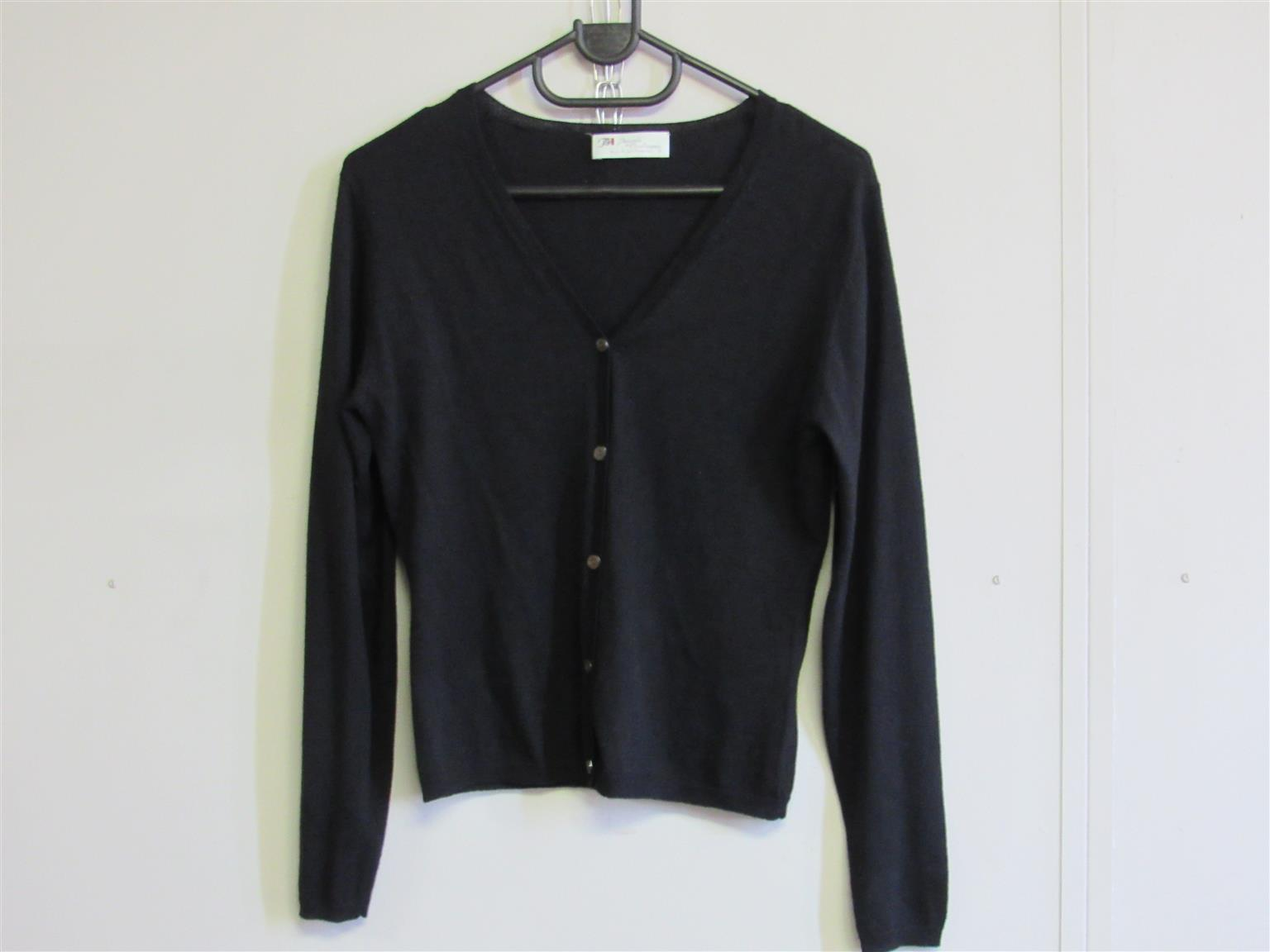 Cashmere Black Cardigan with buttons - medium