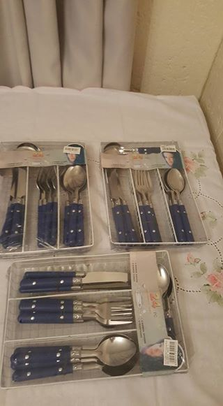 Blue handle cutlery sets