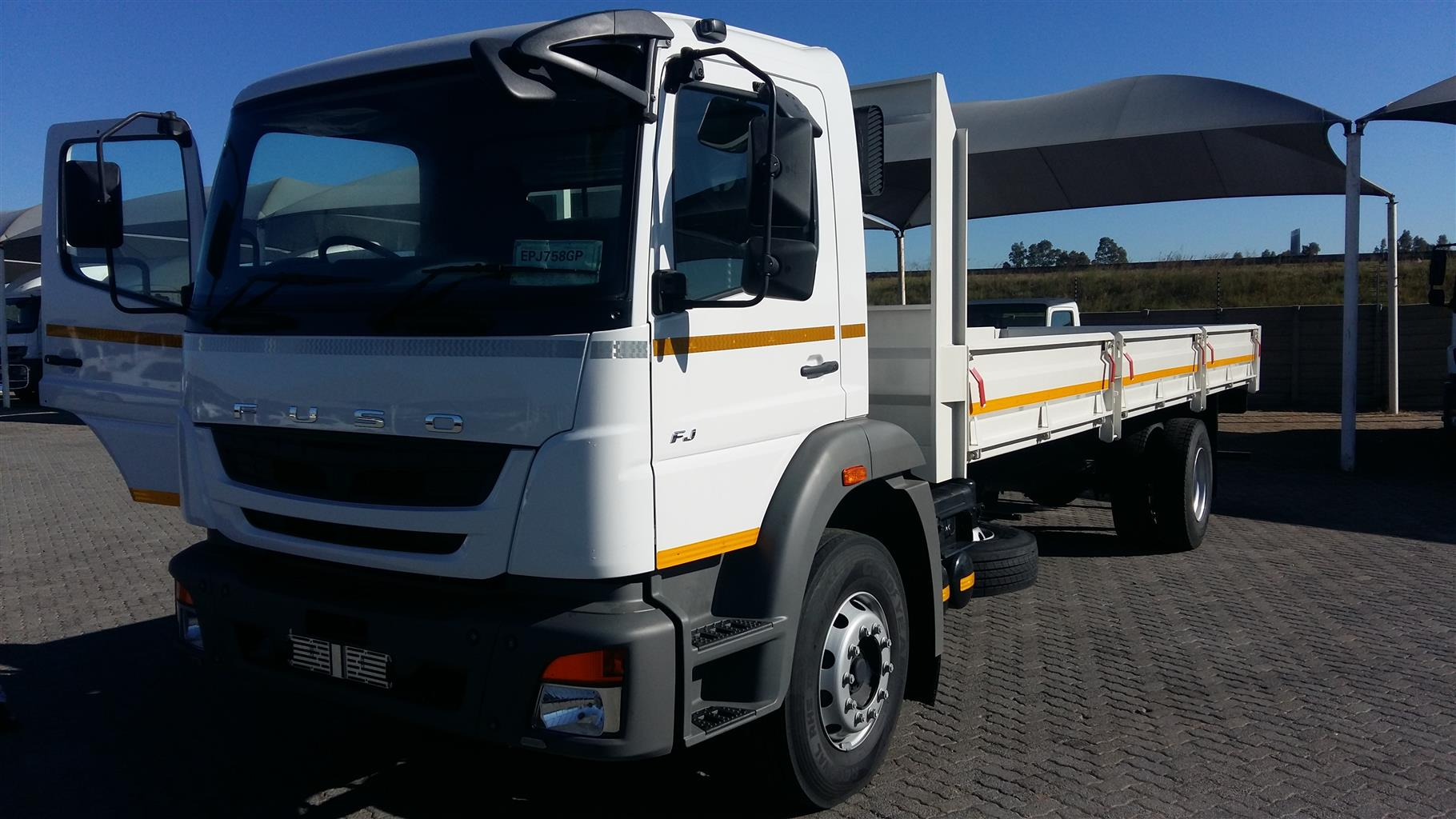 FUSO 2019 NEW 8 Ton Truck Complete with 8 m Dropside  SPECIAL Complete !