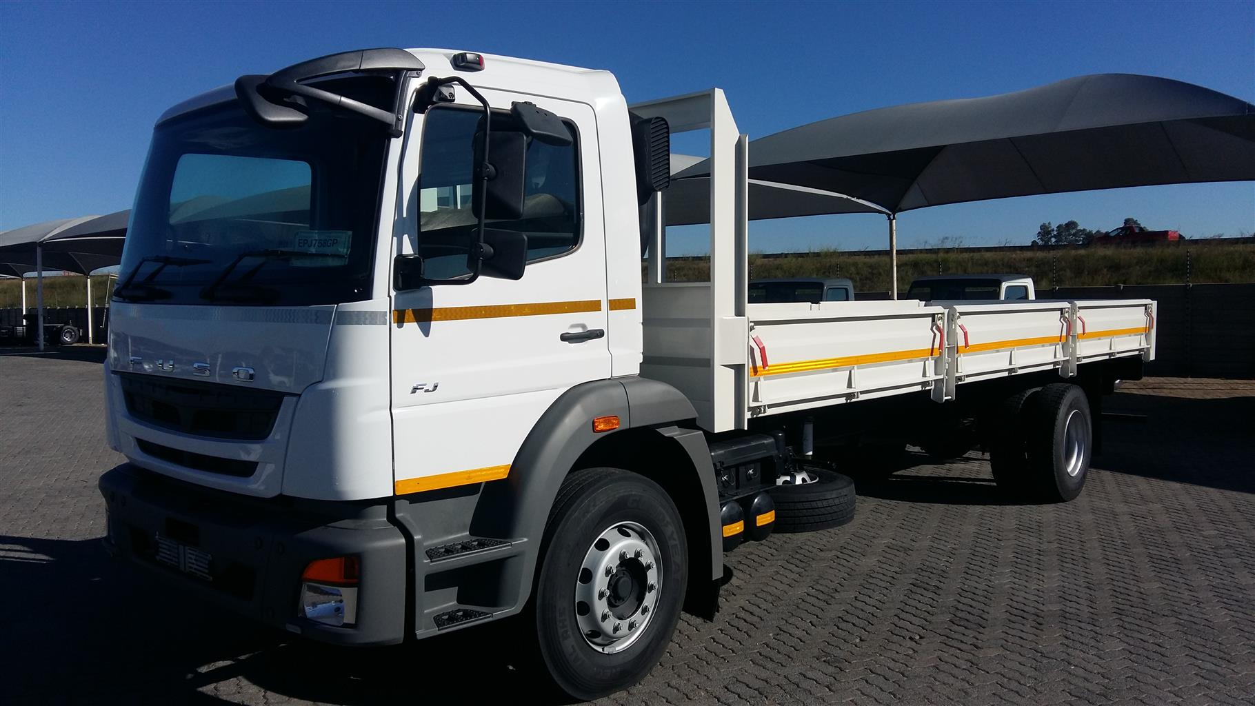 FUSO 2018 NEW 8 Ton Truck Complete with 8 m Dropside  SPECIAL Complete !!!