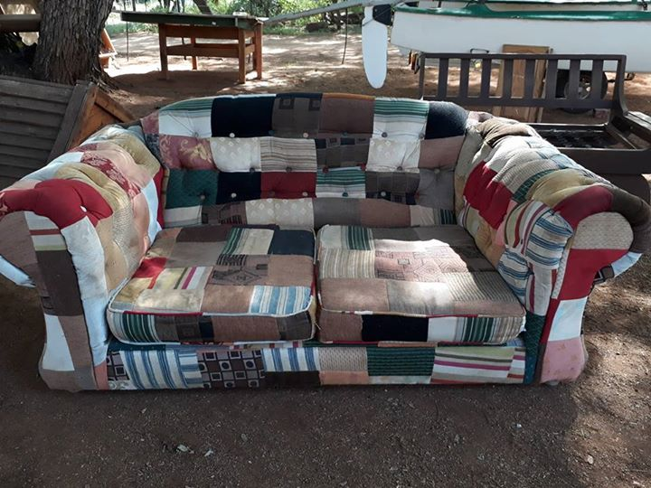 Quilt type 2 seater couch