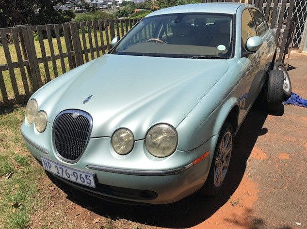 2005 Jaguar S type Striiping for spares