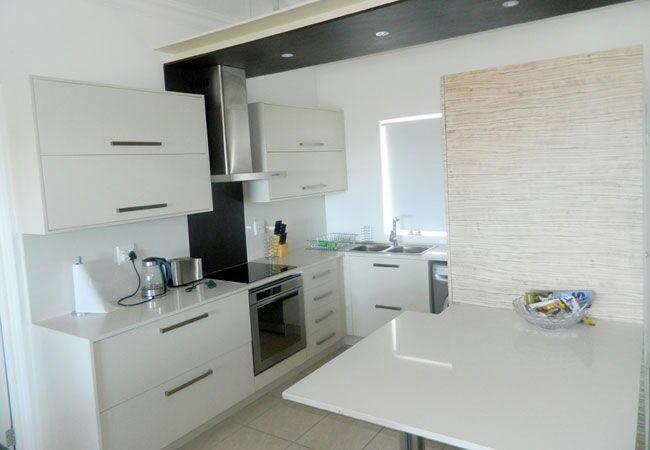 Ballito Holiday Accommodation to rent R2700 per night