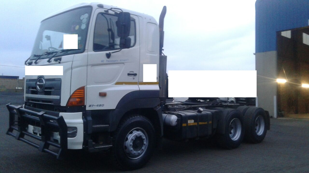 2007 Hino 57.450 6 x 4 (ONLY 2 LEFT)