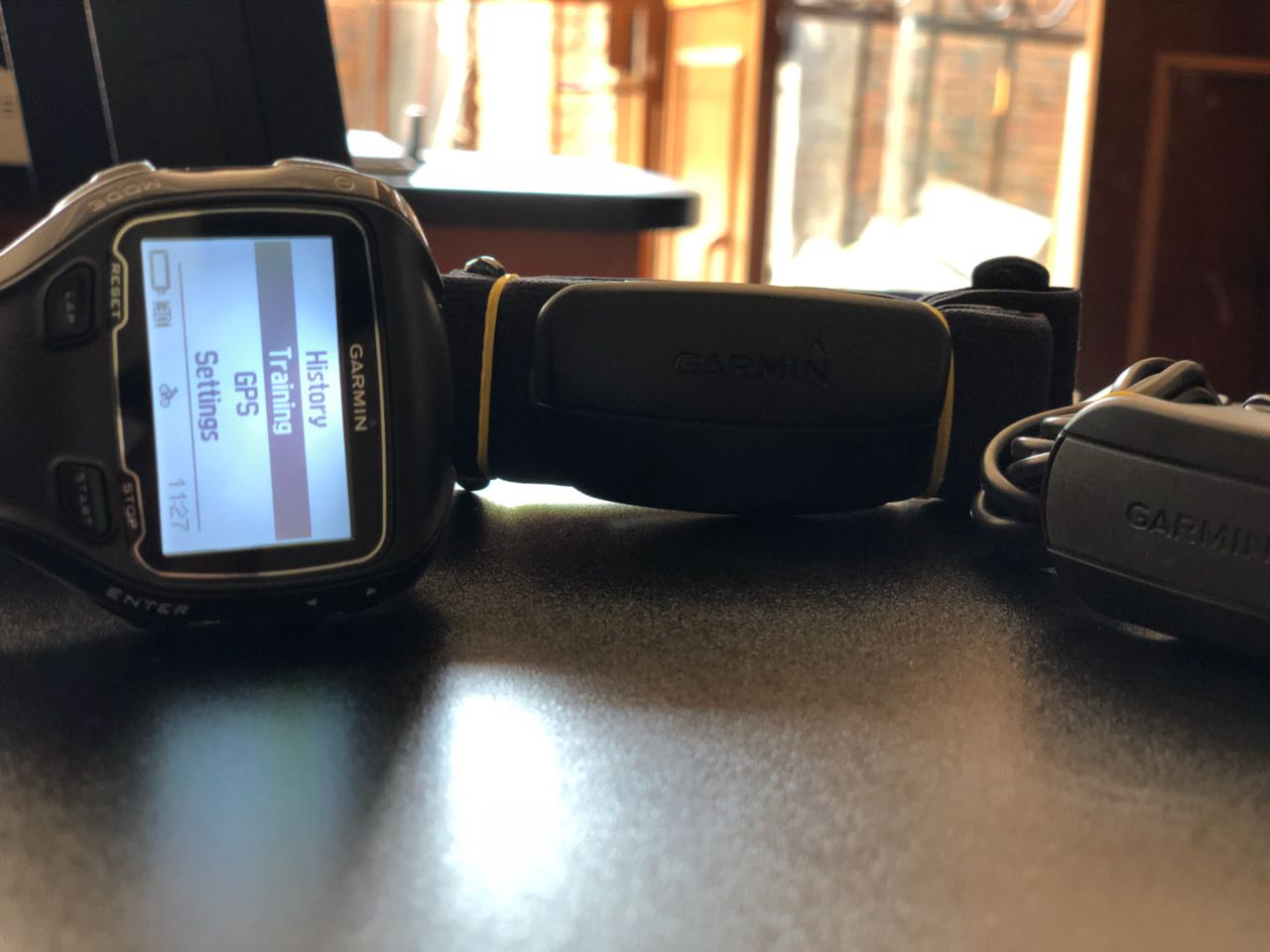 Like New Garmin Forerunner 910XT Watch with HR Monitor & Charger Included Sale..