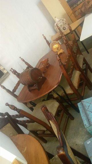 Lovely Vintage solid wood dining room set