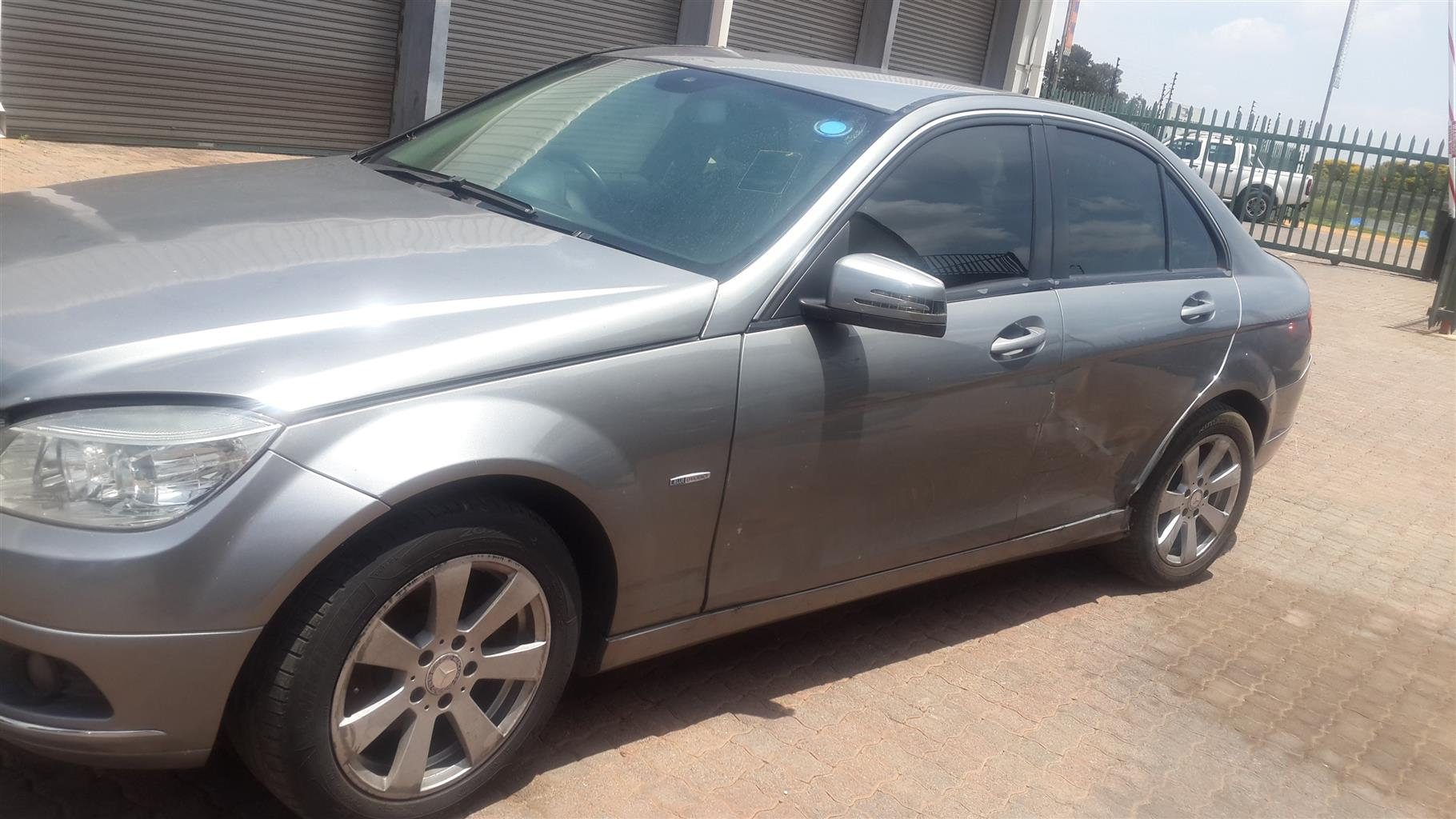 W204 C180K Stripping For Spares
