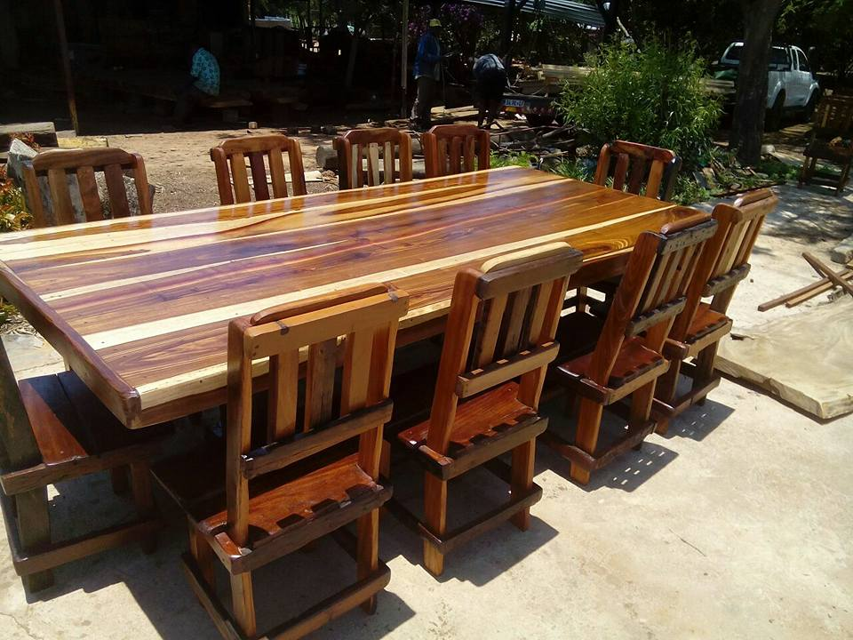 8 Seater Diningroom Set
