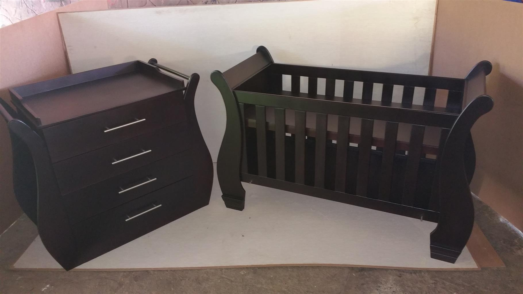 Sleigh Cot and Compactum for Sale