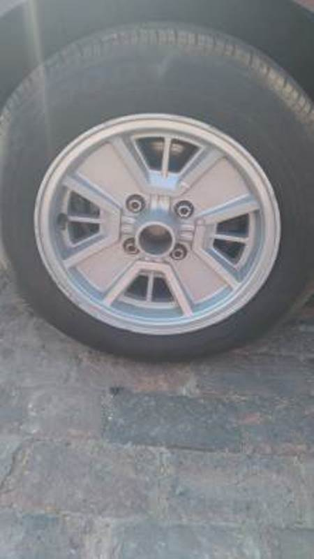 Elantra j4 2.0 Crdi now for stripping of spares