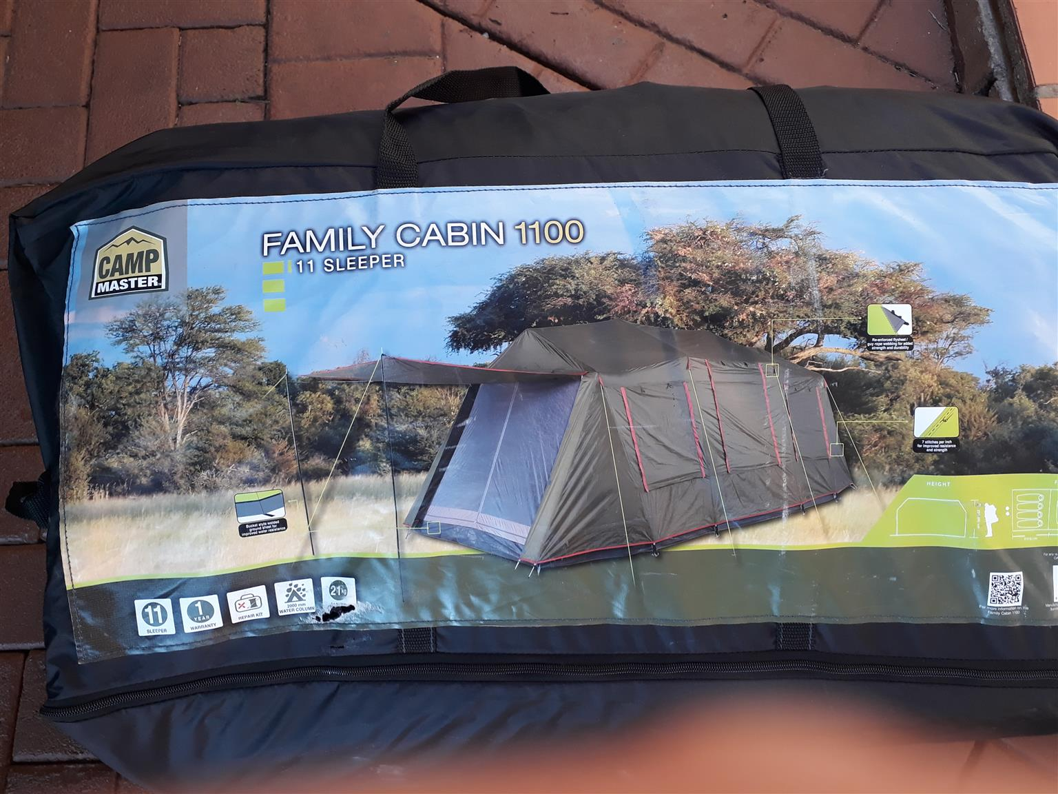 Campmaster Family Cabin 1100 Tent
