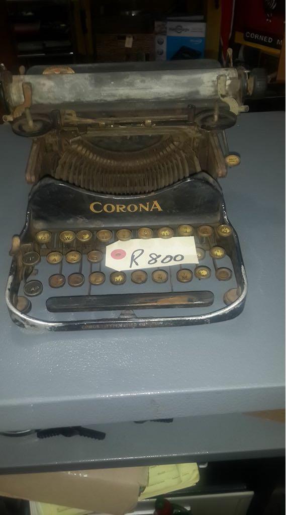 Small Vintage Corona typewriter