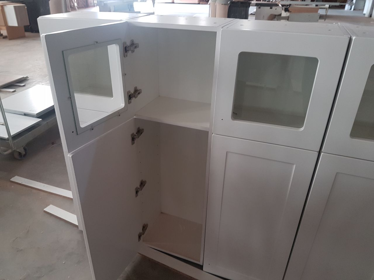 6 x New Wall Mounted Cupboards  in White