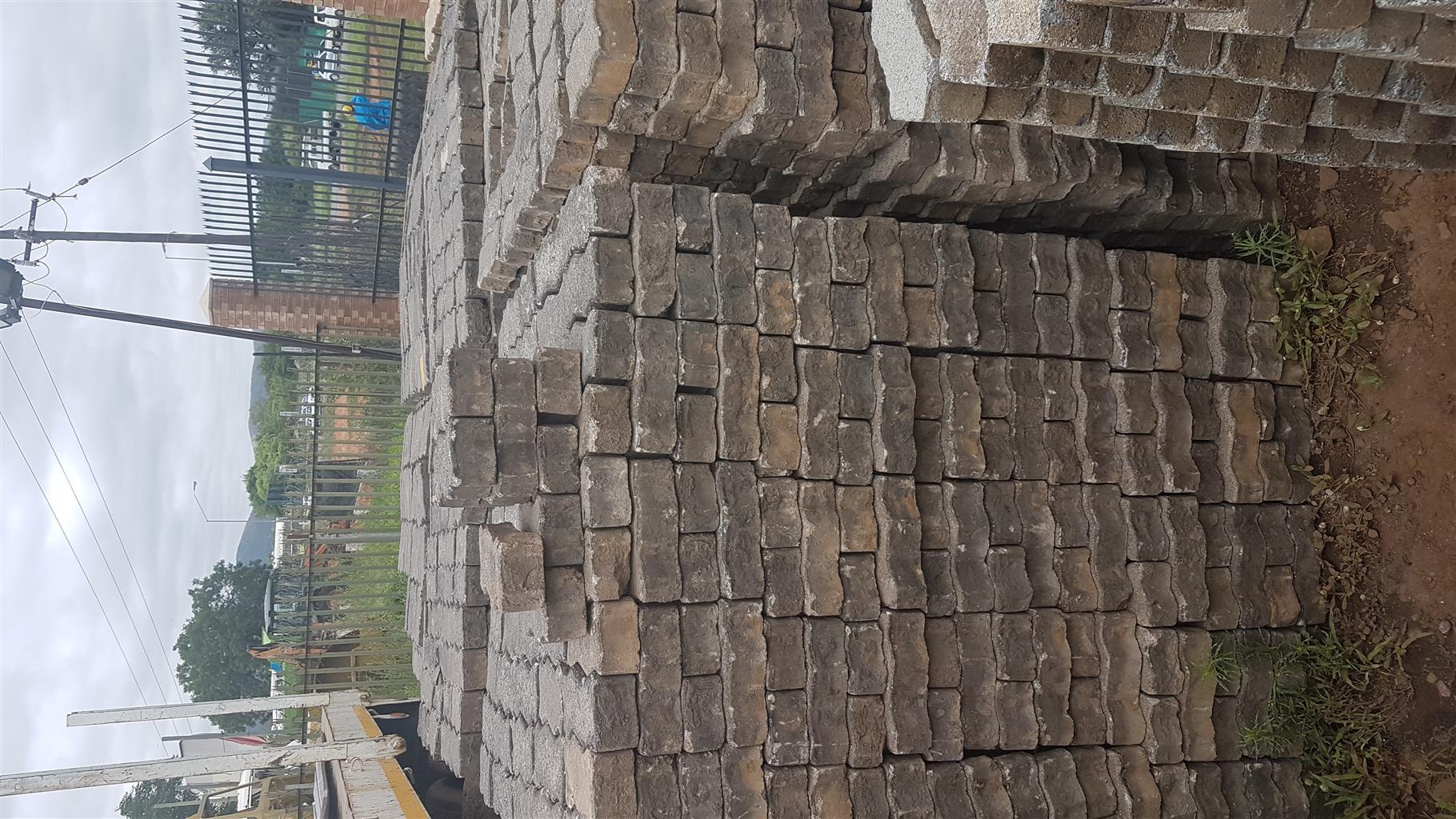 Interlockers paving bricks second hand for sale