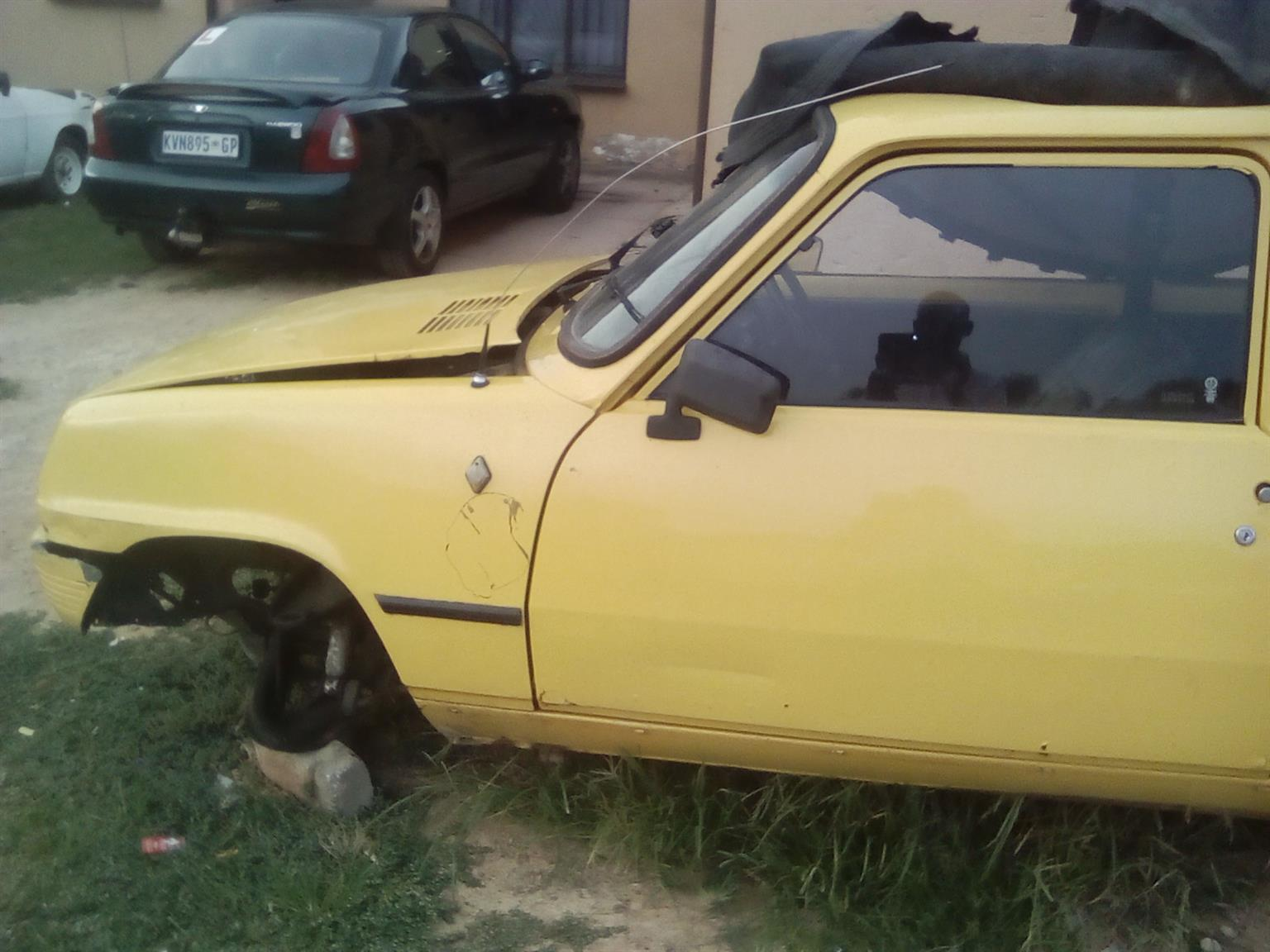 Renault 5 used parts for sale in Gauteng