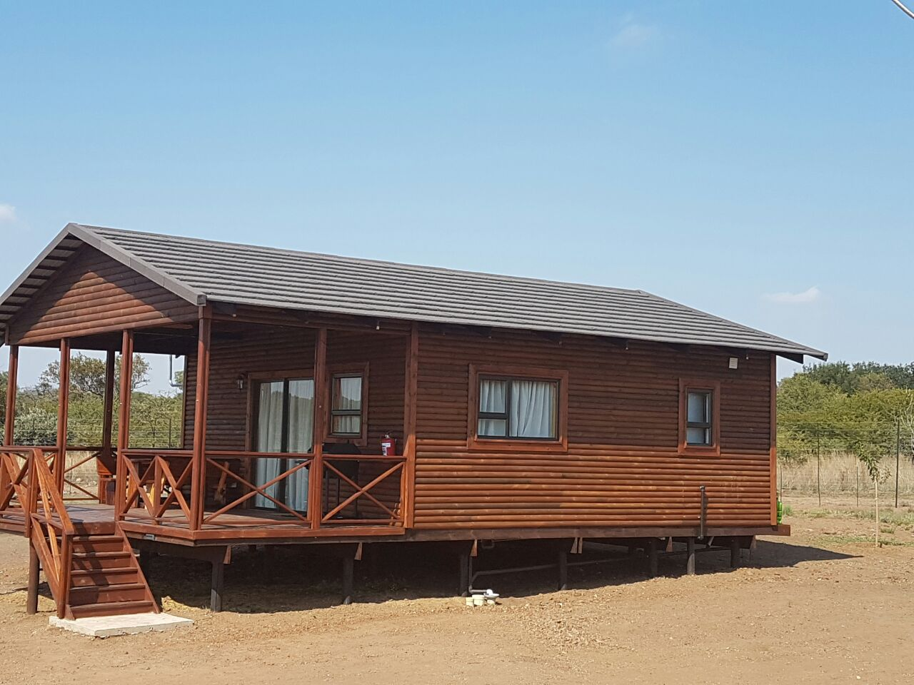 looking for two business partners in a new wedding and Guest lodge.