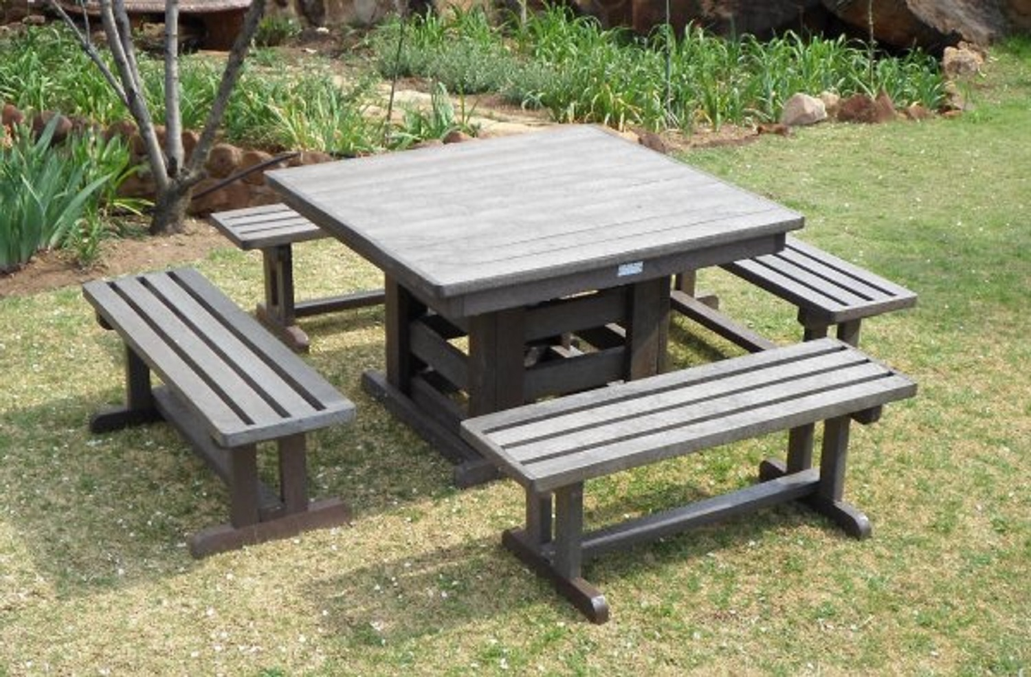 OUTDOOR FURNITURE - RECYCLED PLASTIC