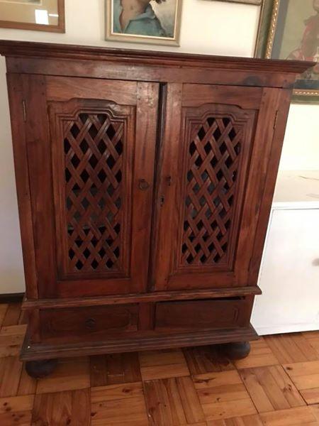Mahogony lattice cupboard