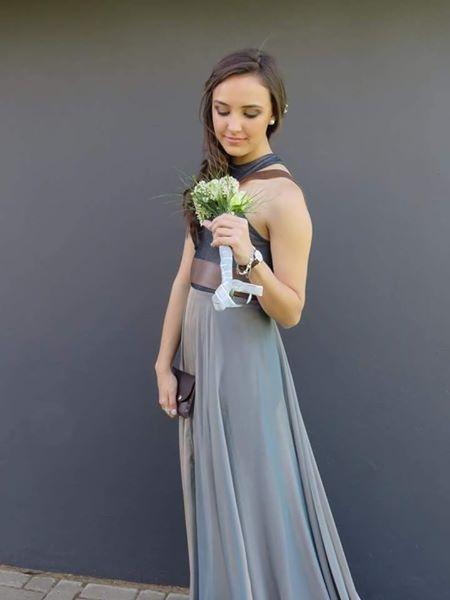 Beautiful Casper Design dress.