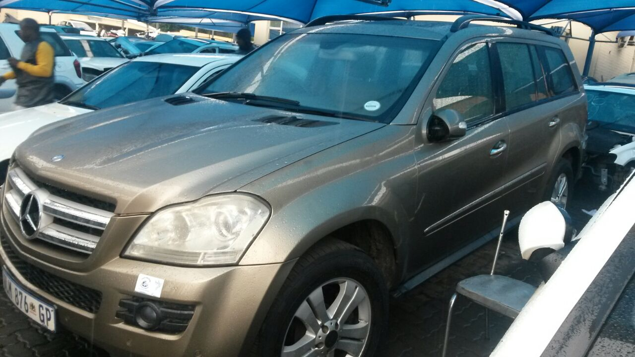 Mercedes GL Stripping for Spares