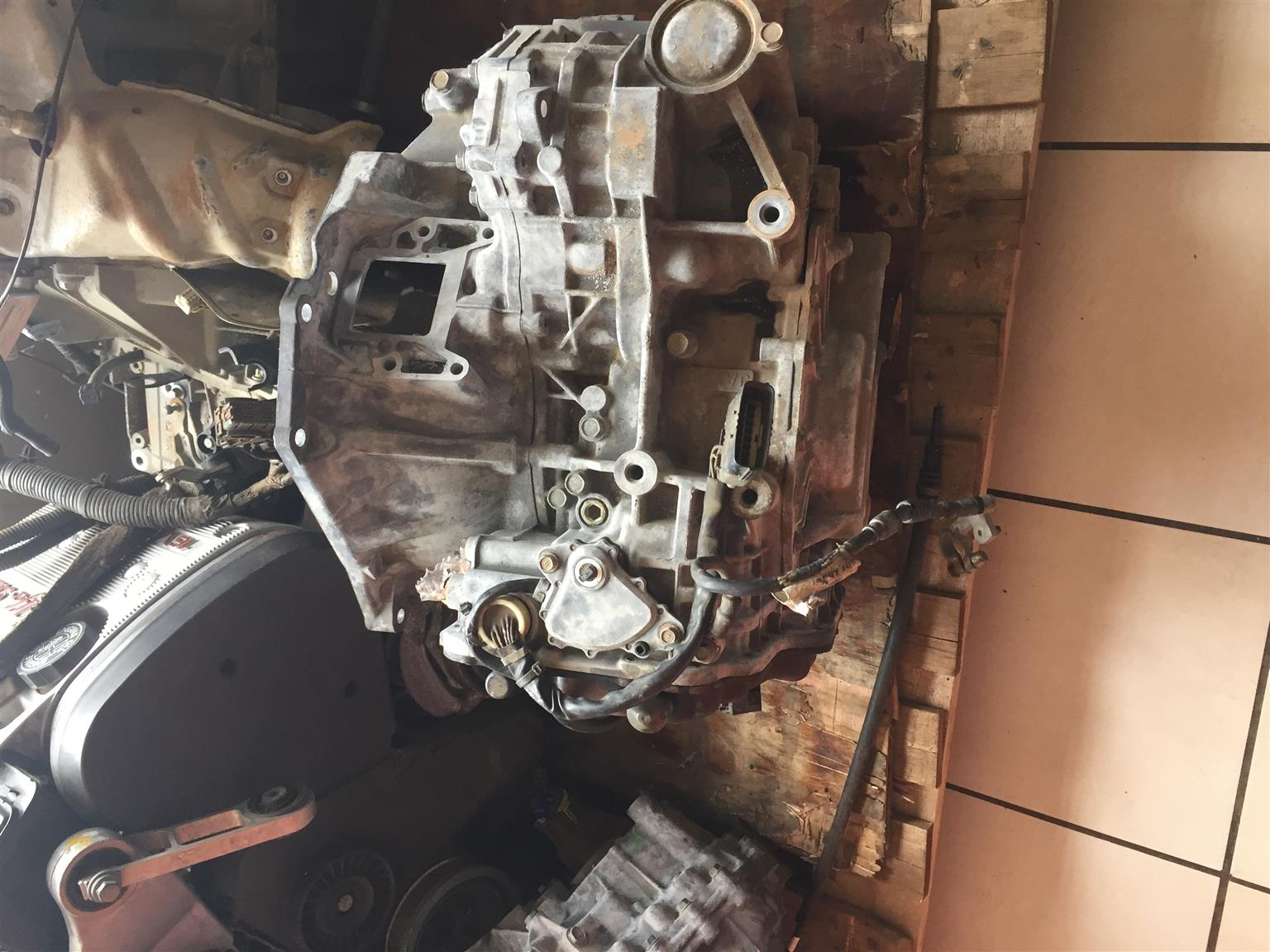 Jaguar Gearbox  x type v6for sale