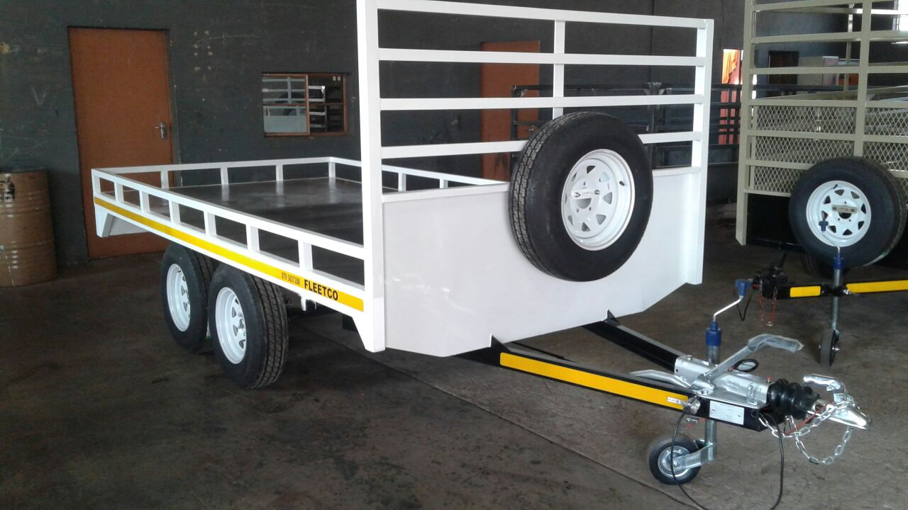 Brand new Flatbed Trailers 1.5 ton 4 sale, and many more trailers in stock
