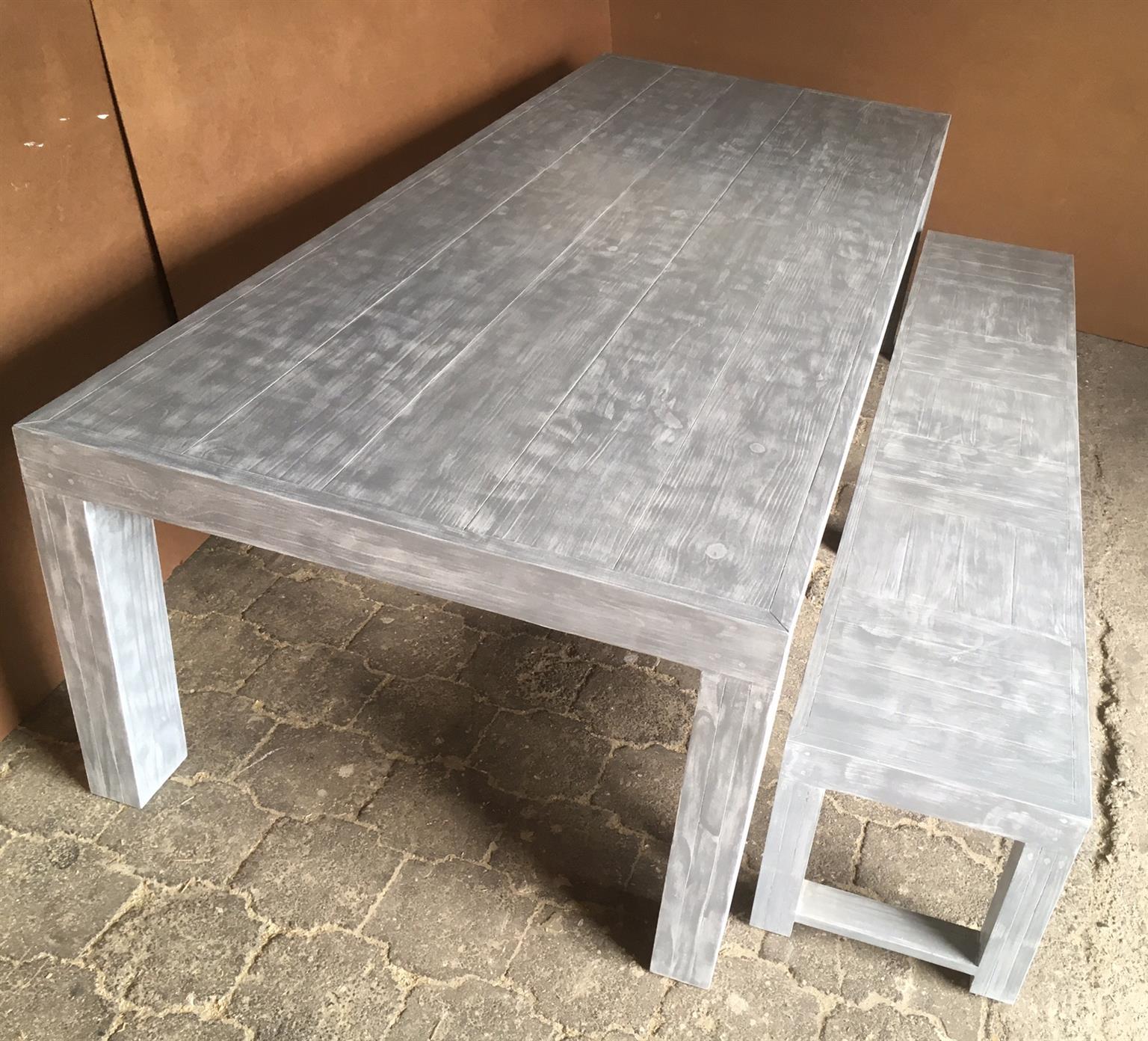 Patio table Chunky Farmhouse series 2750 with pillar legs Combo Glazed
