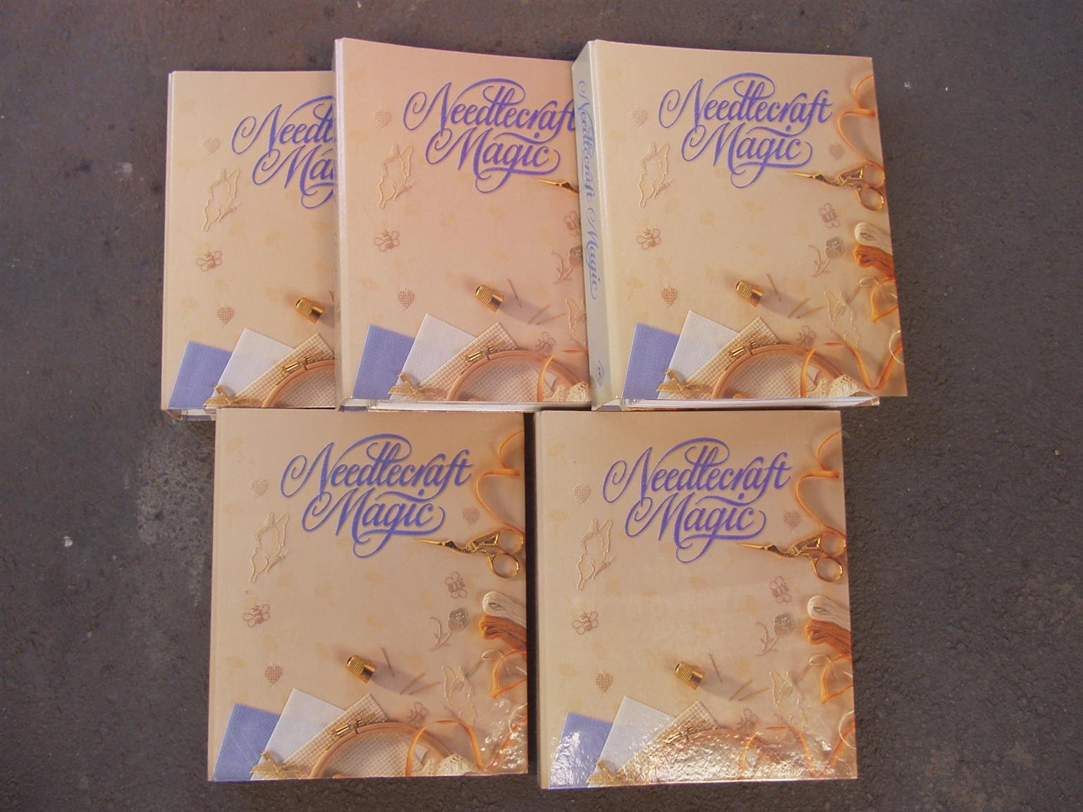 'NEEDLECRAFT MAGIC ' A RINGBINDER FULL OF PATTERNS AND MAGAZINES - 5 Files