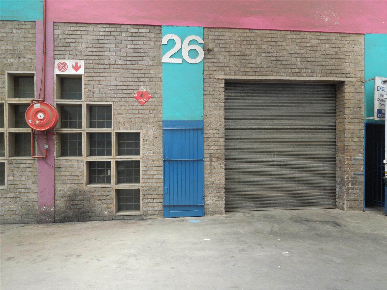 188m² Factory/Warehouse to let in the heart of Heriotdale.