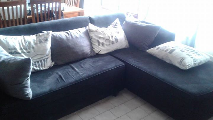 Corner lounge suite for sale