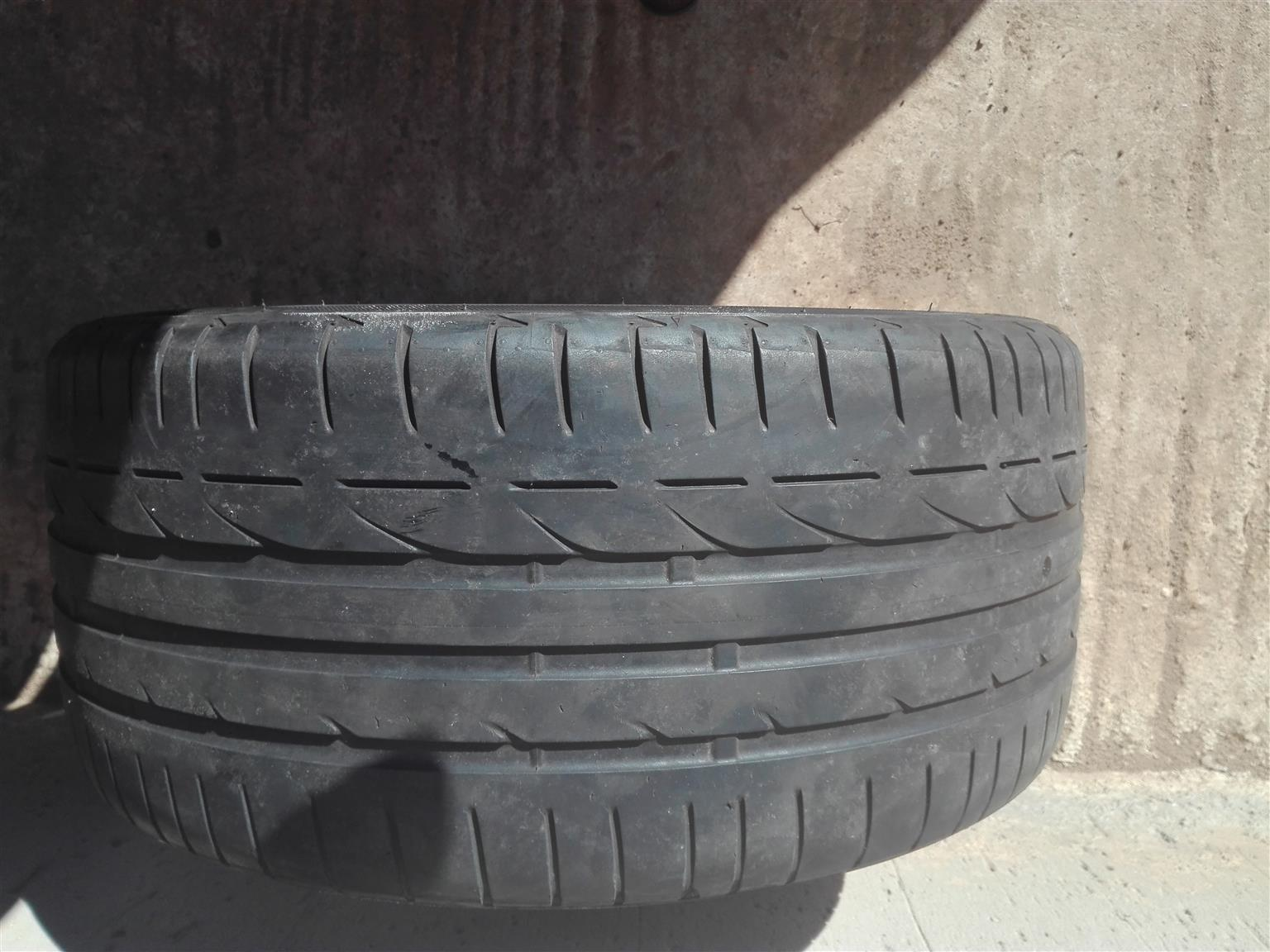 "Bridgestone 18"" run flat"