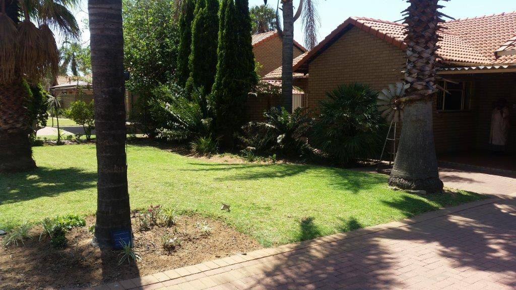 Secured 3 Bedroom house in complex with no levies