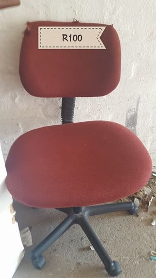 Red office chair with wheels