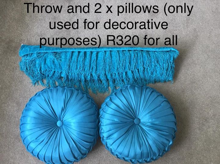 Throw and 2 pillows