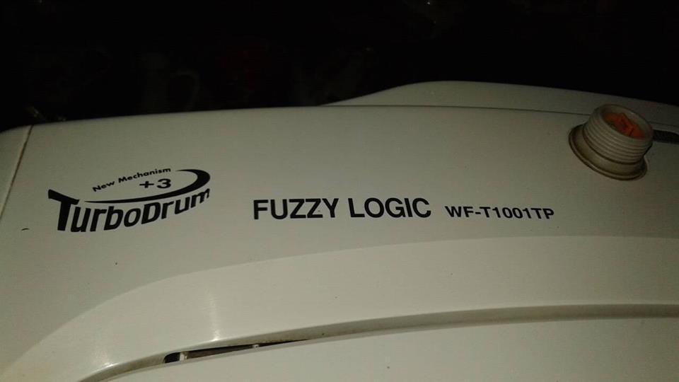 15Kg LG turbo drum +3 fuzzy logic top loader te koop.