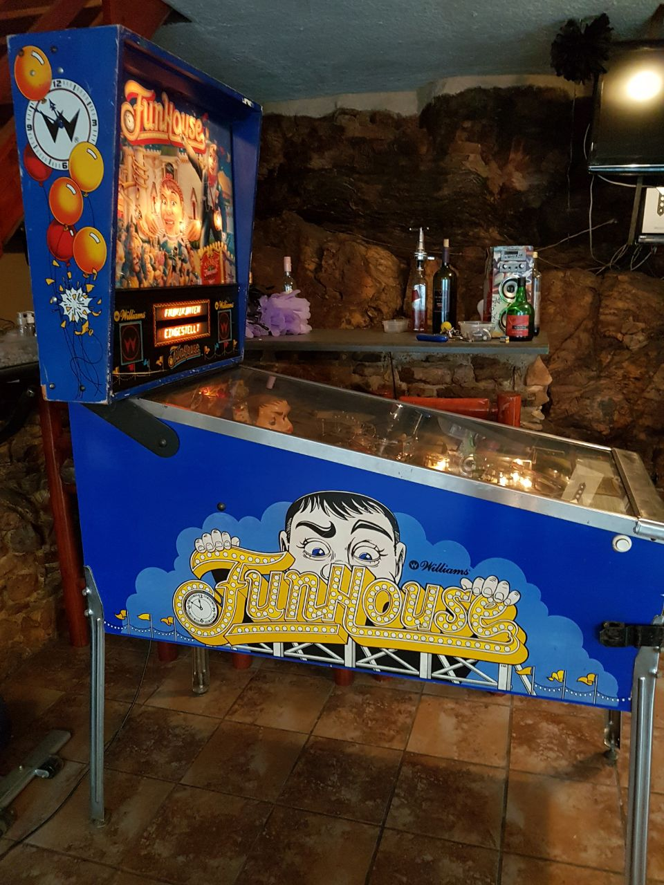 Pinball Machines - looking for all types of pinball machines