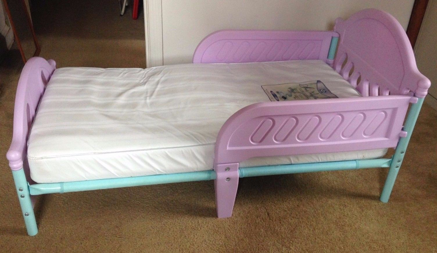 low priced f5d43 3c99d Purple toddler bed with mattress | Junk Mail