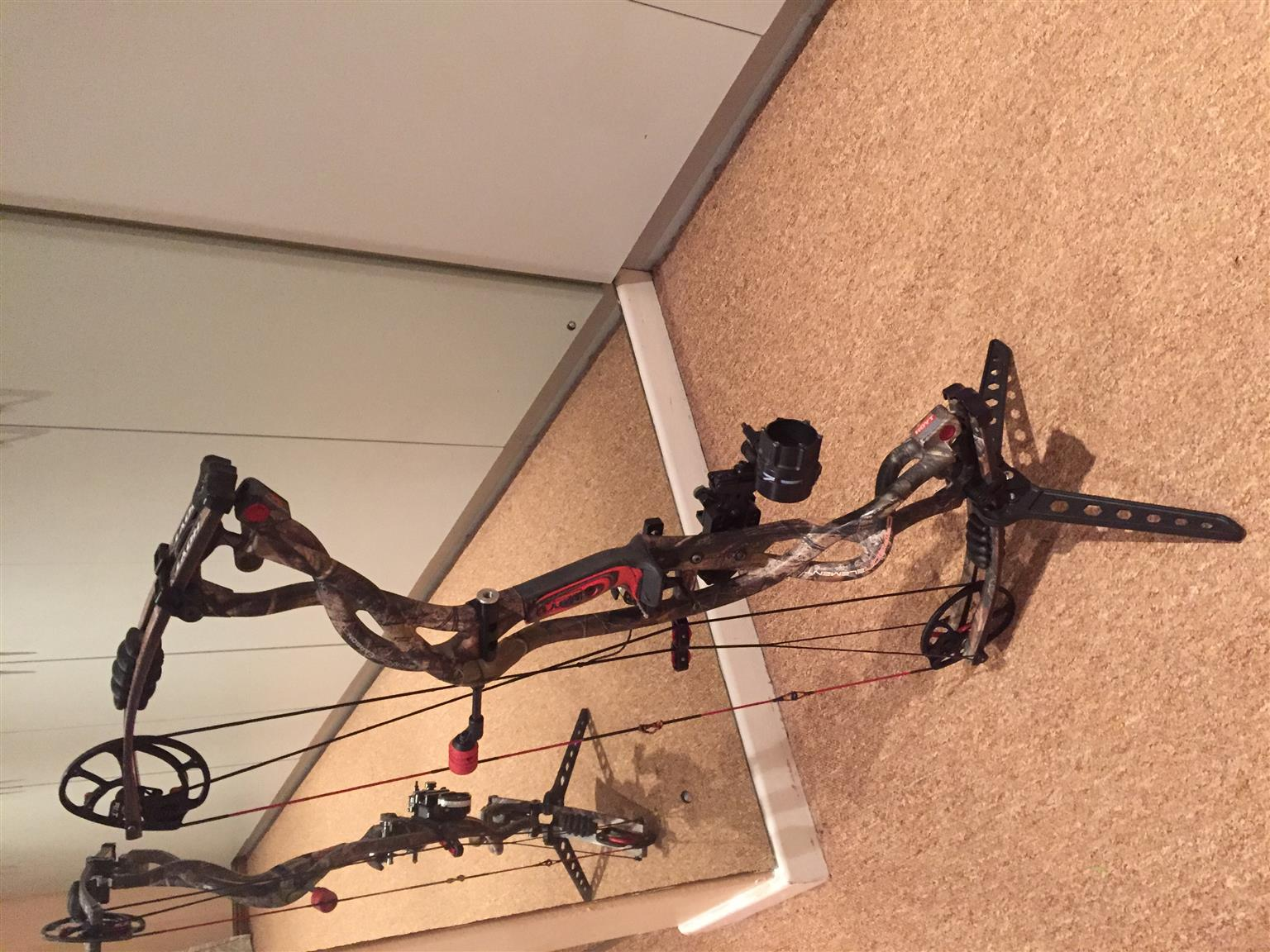 Hoyt Carbon Element Hunting Bow For Sale Junk Mail